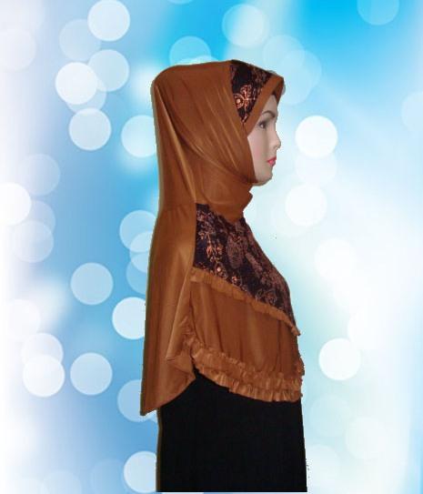 Hijab Instan Coklat Kunyit (SMP)