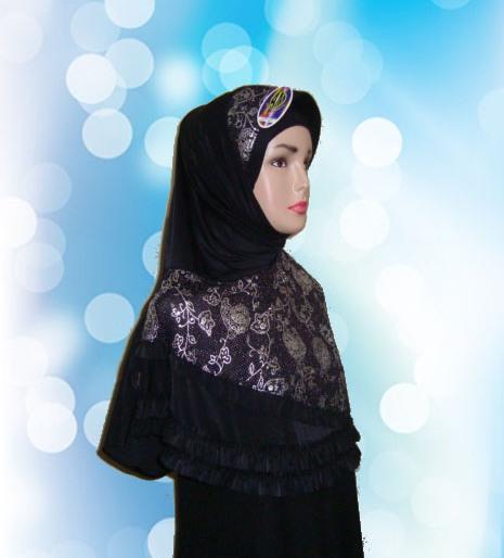 Hijab Instan Hitam (SMP)