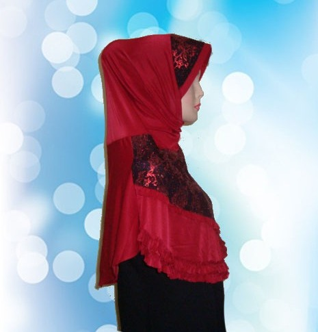 Hijab Instan Merah (SMP)