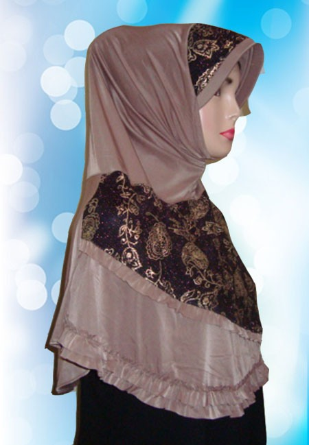 Hijab Instant Coklat ( Samping )
