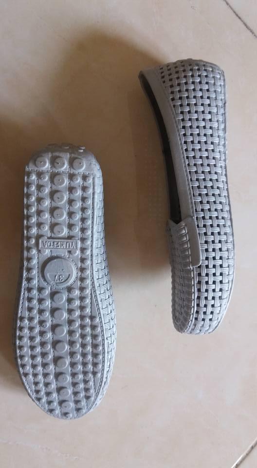 Sepatu wanita abu 1