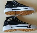 Sepatu Sekolah MB 40 – 43